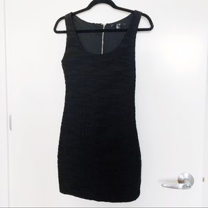 XXI black dress in size S